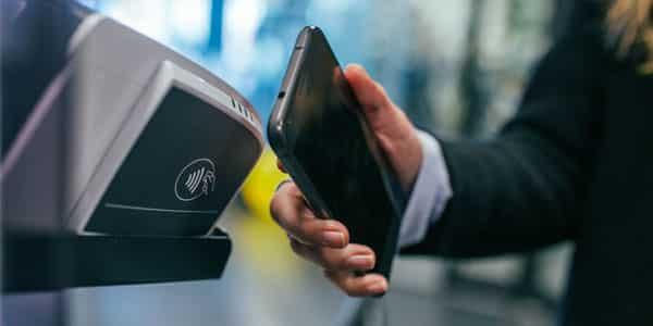 Le paiement sans contact: bonne ou mauvaise pratique ?